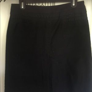 GAP stretch black knee length skirt